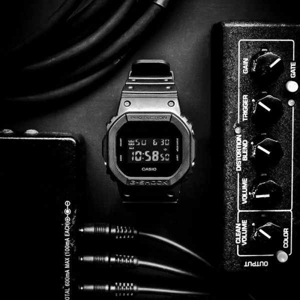 G-SHOCK Retro Blackout, LCD Digitaluhr, schwarz_12258