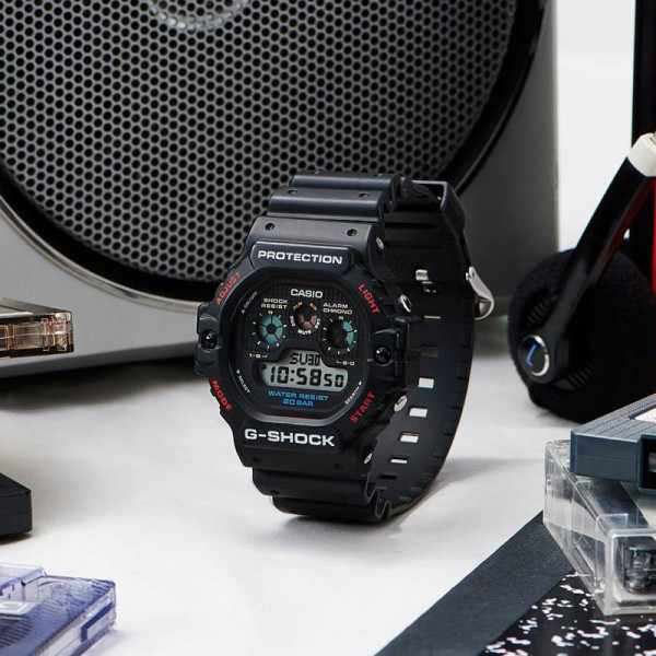 G-SHOCK Classic Protection, LCD Digitaluhr schwarz_19953