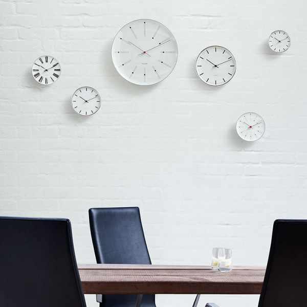 ARNE JACOBSEN Wanduhr Bankers Clock 29, Silent Quartz_20200
