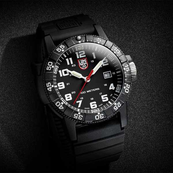 LUMINOX, Sea, Leatherback Turtle Giant_8418