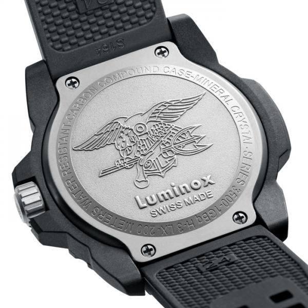 LUMINOX, Sea, Navy Seals EVO, Blackout schwarz, PU-Gliederarmband_8787