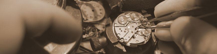 Les montres de poche mécaniques dans de nombreuses variantes