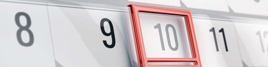 Précision calendrier horloge de table par