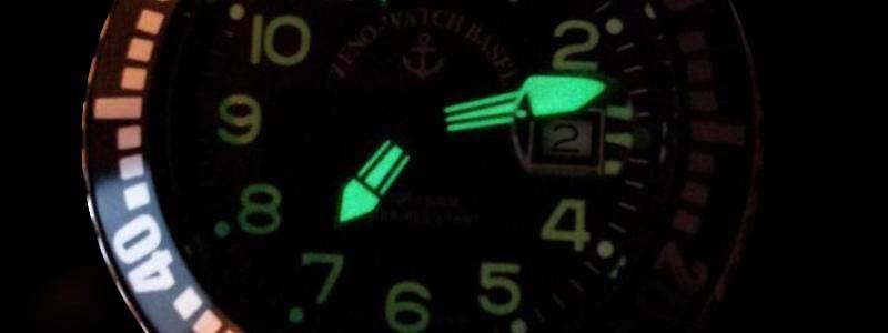 Airplane Diver Uhren